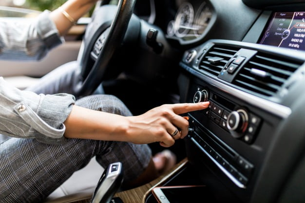 Auto Air Conditioning: Common Problems and Replacement Parts